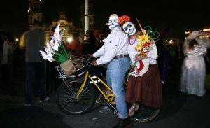 noche-de-muertos-en-bicicleta3